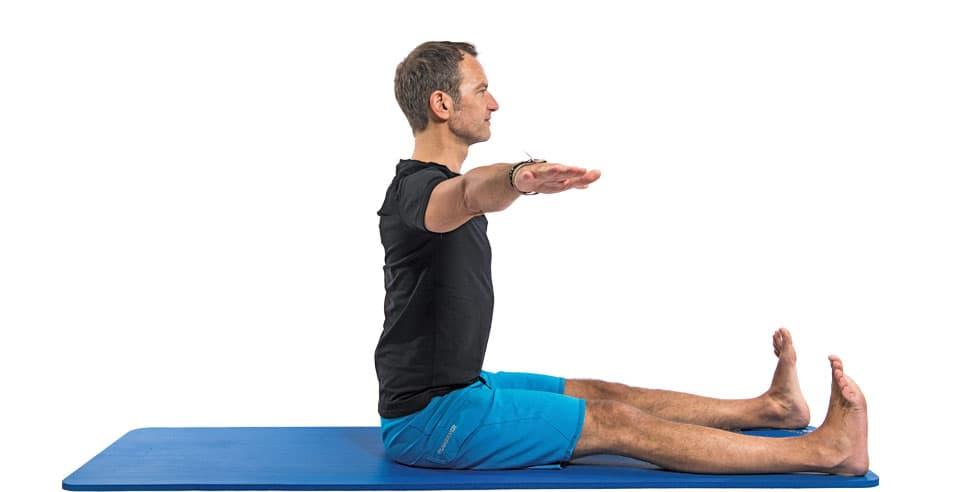 Pilates Übung Spine Twist Ausgangsposition