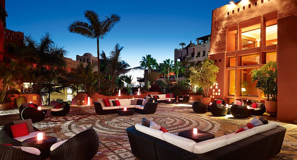 Lobby Bar outside Terrace 1 - The Ritz Carlton, Abama - Teneriffa