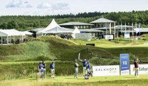 Golfplatzansicht aus der Ferne
