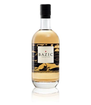 Flasche Vodka Bazic