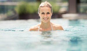 Pool im Wellness Resort Quellenhof