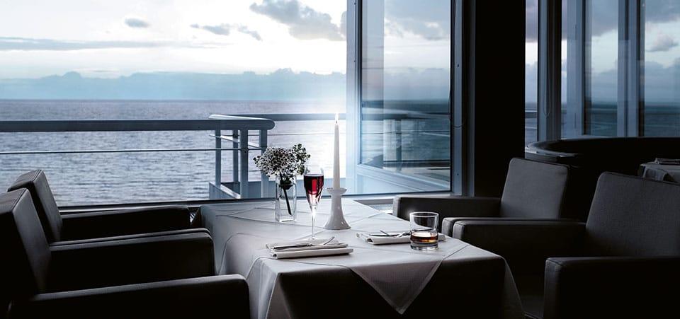 Panorama Cafe Hotel Neptun Warnemünde