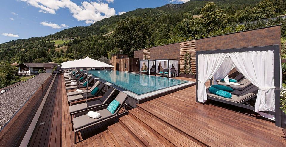 Sky Pool Alpenschhloessel - Wellness Paradies - Quellenhof Resort