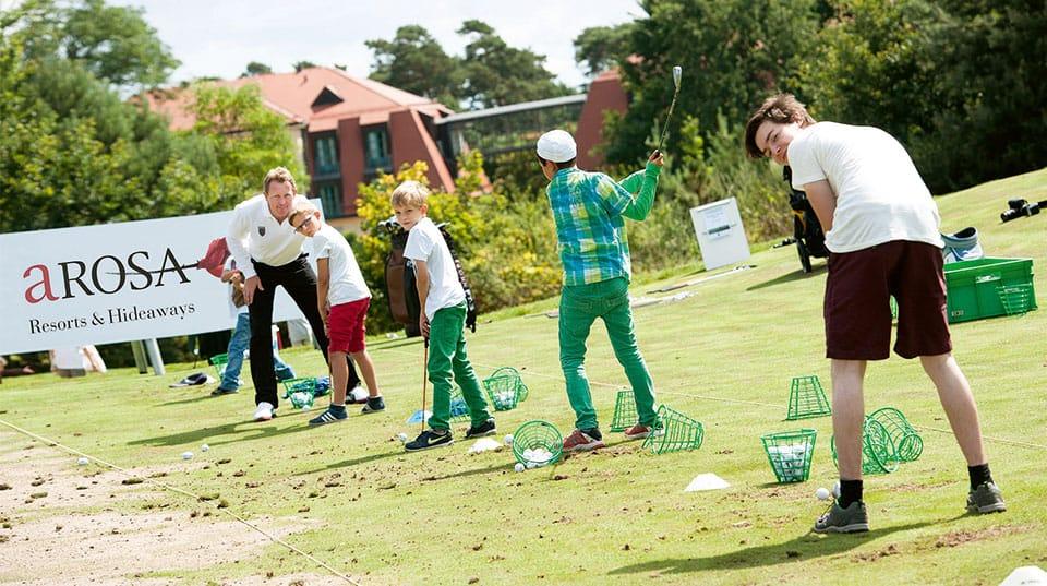 arosa scharmuetzelsee golf kurs copyright uwe steinert - Die Saison ist eröffnet! Golfen und mehr bei A-ROSA