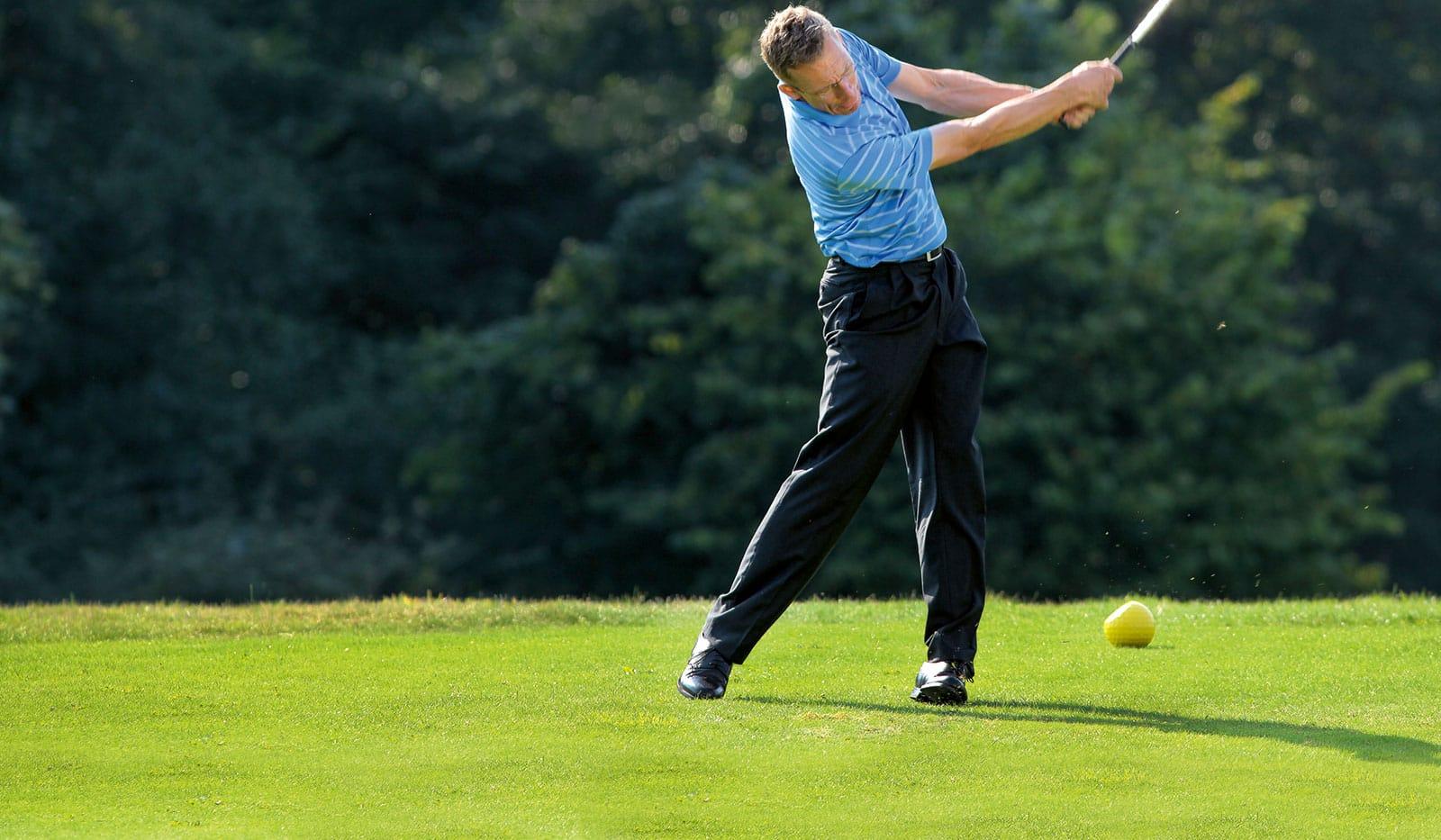 Oliver Heuler auf dem Golfplatz