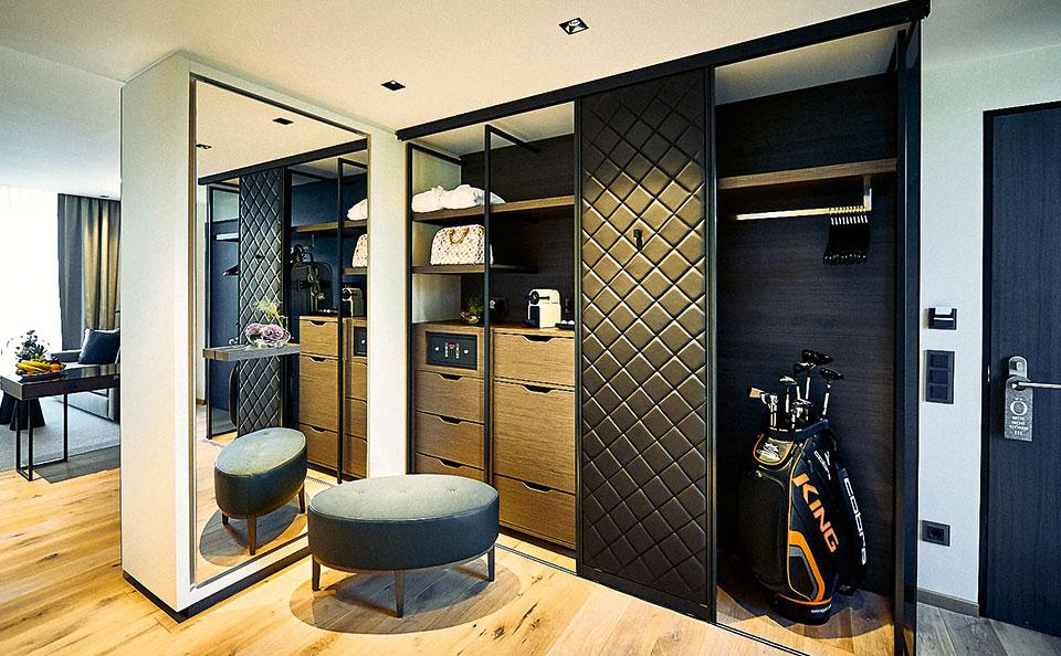 Eingangsbereich Oe Suite. 2 - Der Öschberghof - Golf & Spa im großen Stil