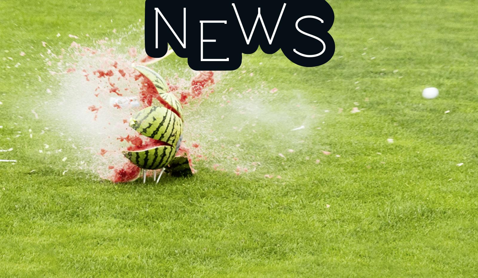 Golfball der durch eine Melone geschlagen wurde