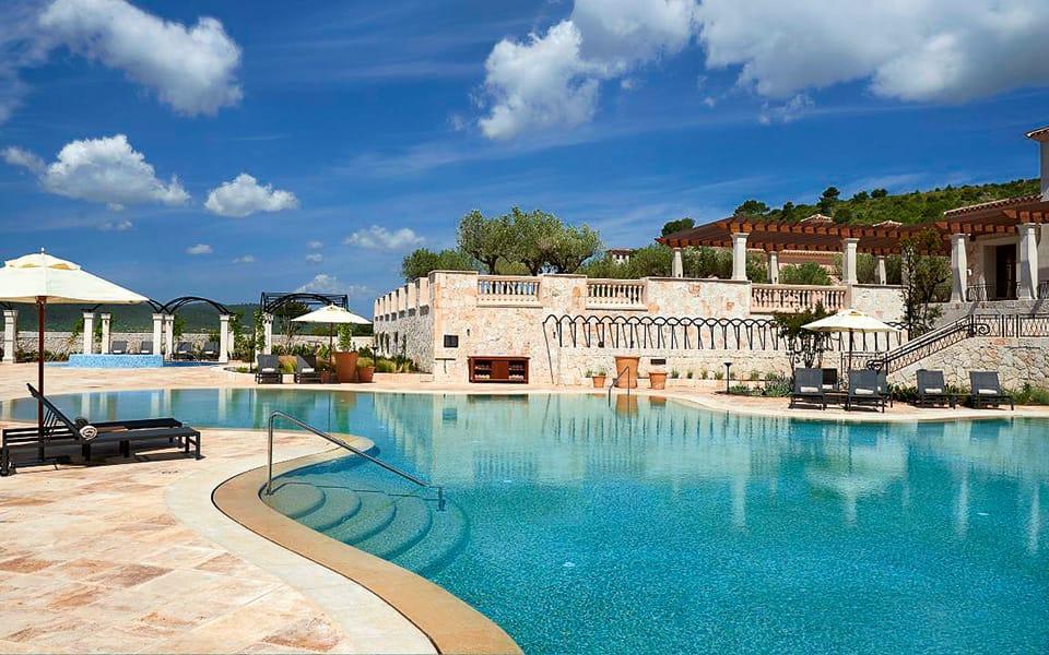Park Hyatt Mallorca P124 Outdoor Swimming Pool 1.adapt .16x9.1280.720 - Der Golfbutler - Dinner, Golf & Meer