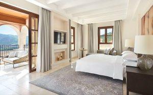 Park Hyatt Mallorca P184 Presidential Suite Bedroom.adapt .16x9.1280.720 300x188 - Park-Hyatt-Mallorca-P184-Presidential-Suite-Bedroom.adapt.16x9.1280.720