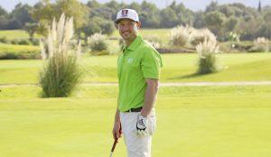 Silas Wagner auf dem Golfplatz