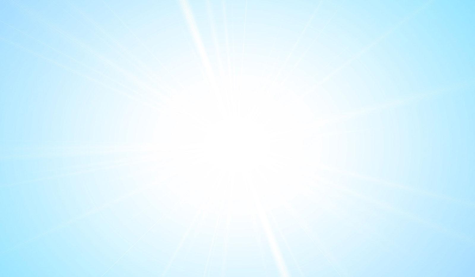 Himmel mit strahlender Sonne