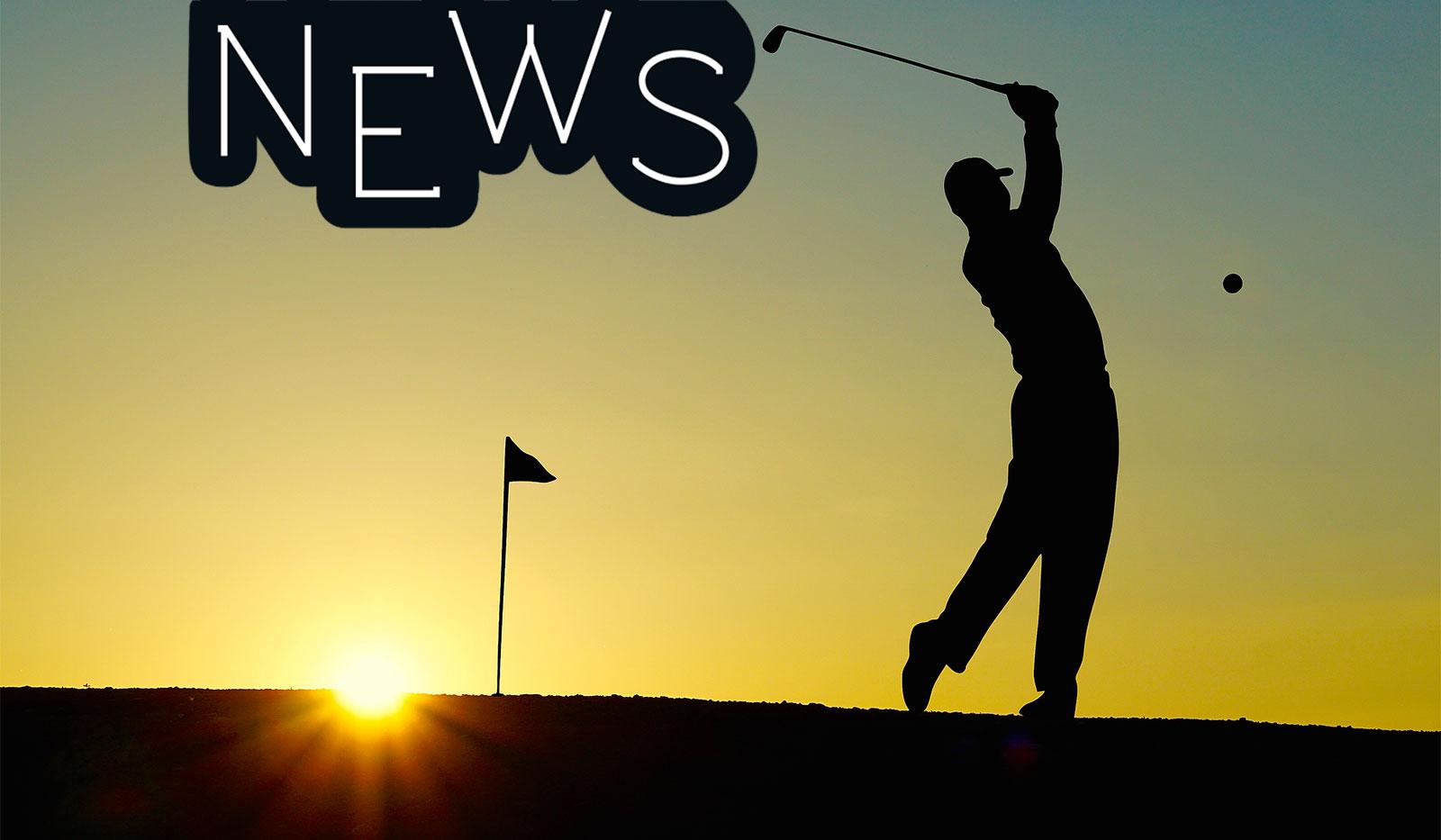 Golfabschlag beim Sonnenuntergang