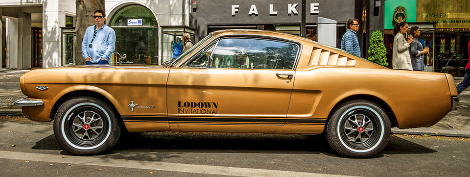 goldener Mustang
