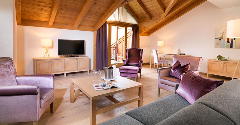 Edlerenovierte zwei Zimmer Suite im Dolomitengolf Resort