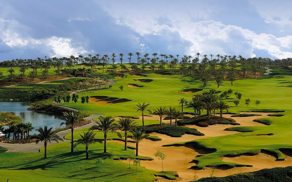 Golfplatz mit Palmen Kairo