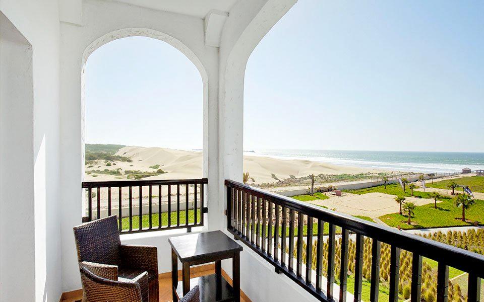 Hotelzimmer Terrasse mit Meerblick