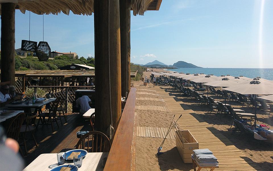 Strand - Costa Navarino: Golfreise ins Paradies am Meer