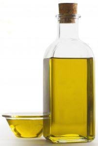 Olivenöl in Glasflasche