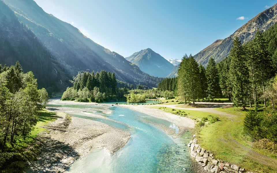 Flussbett Landschaft Österreich