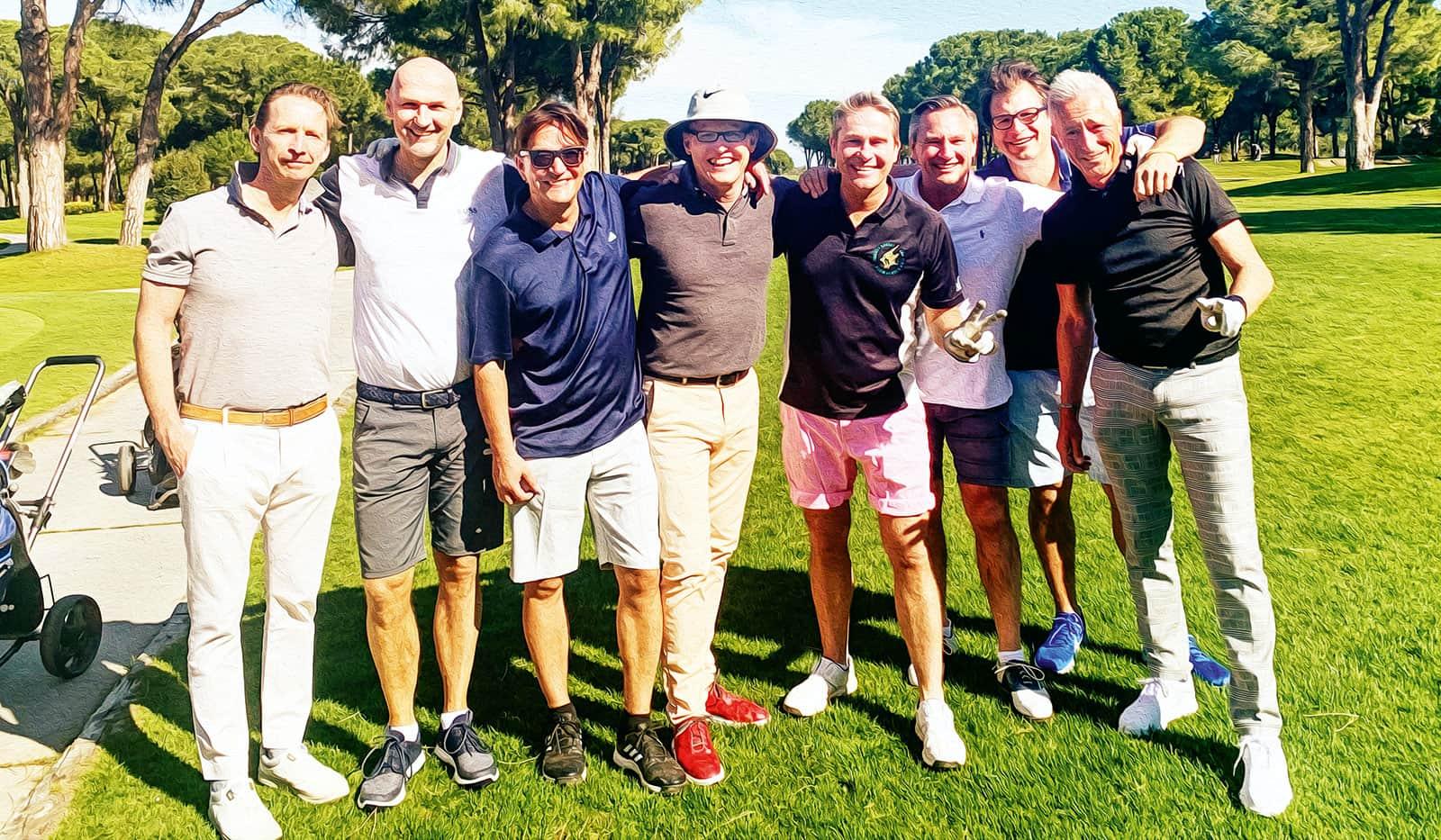 Hinnerk und seine Golfmannschaft