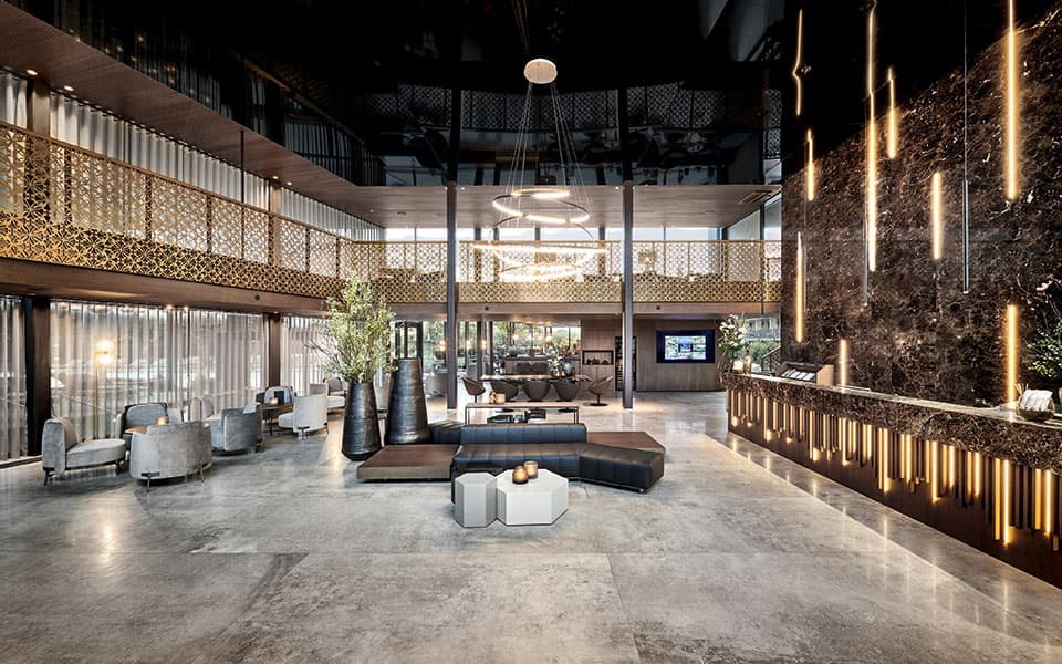 Rezeption Quellenhof Luxury Resort