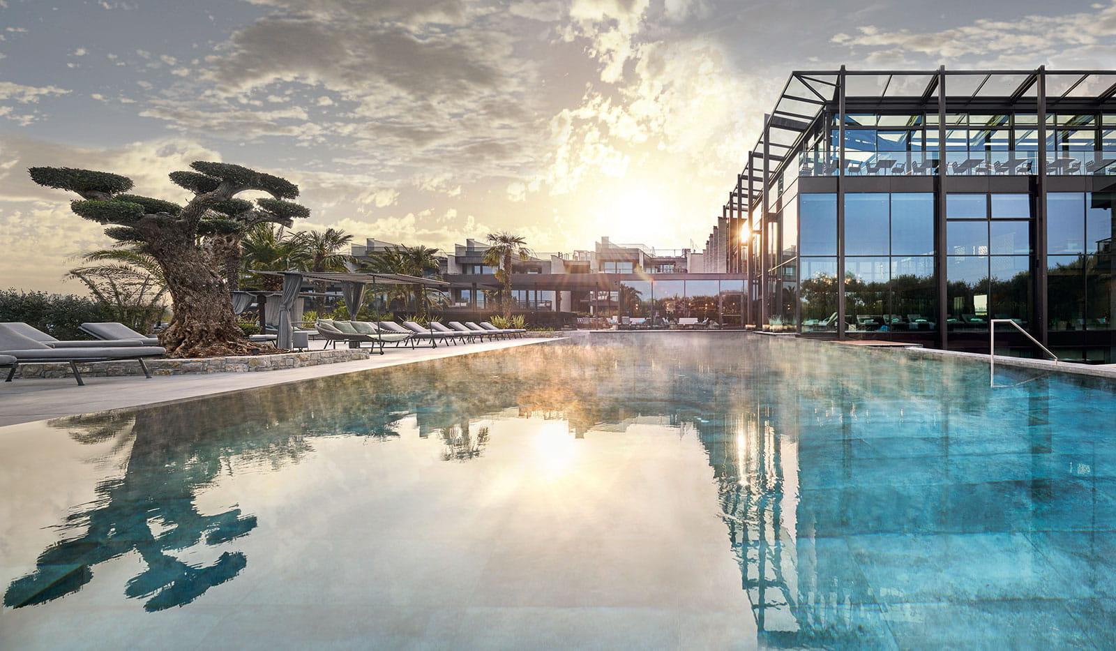 Quellenhof Resort Pool