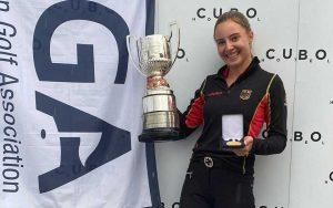 Paula Schulz-Hanßen vom GC St. Leon-Rot setzte sich im Stechen gegen die Französin Chloé Salort durch und sicherte sich den Titel bei den Europameisterschaften der Damen.