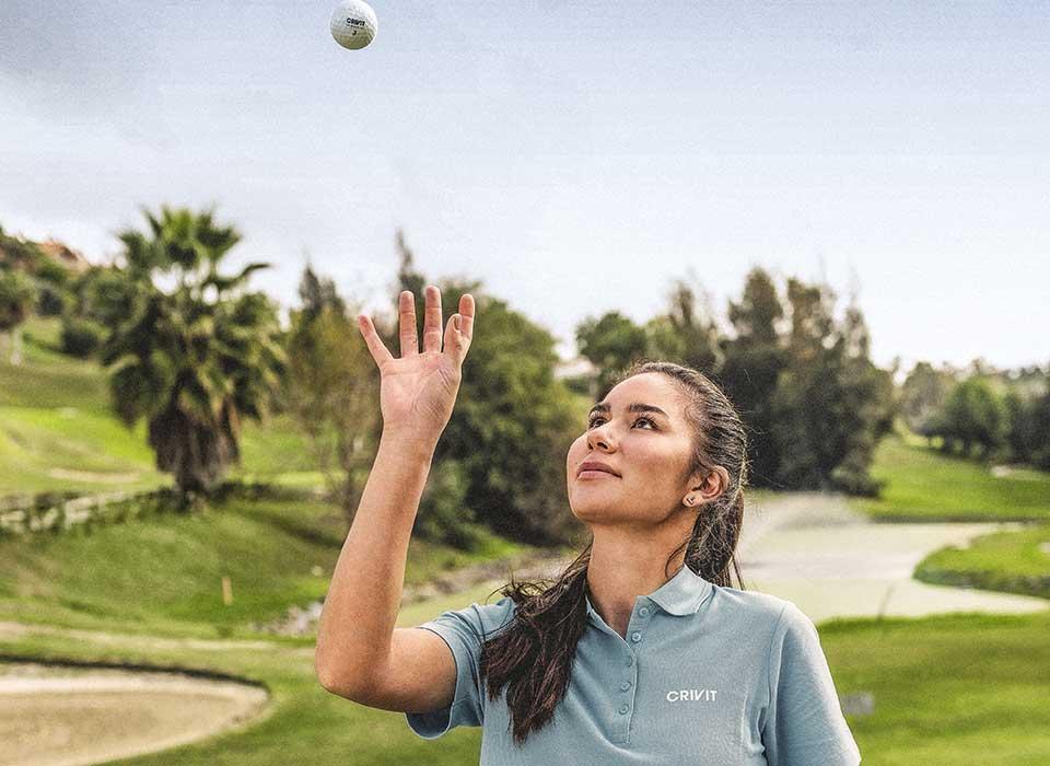 Sarina Schmidt trägt Crivit, die neue Golfmarke von LIDL