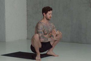 Yoga App Man Squat