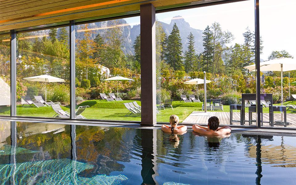 Hotel Traube Braz Hallenbad - Golf in Austria – Golfprofis für Euren Golfurlaub in Österreich