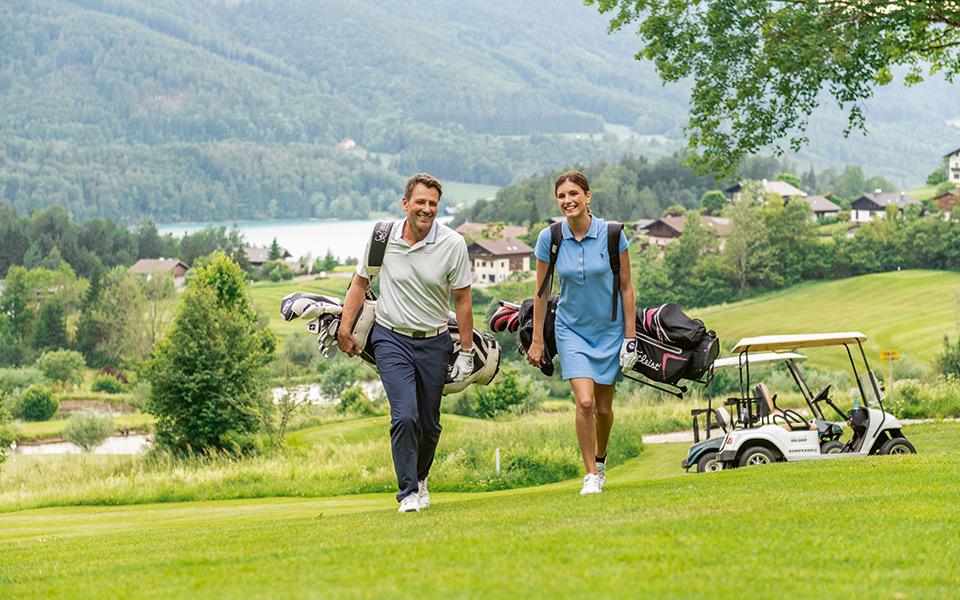 Golfpaar mit See - Mozartstadt Salzburg und das Salzburger Land