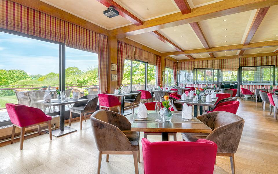 Hotel Strandgruen Restaurant - Welcome  to the Bay of Lübeck?! – Golfclub Scharbeutz