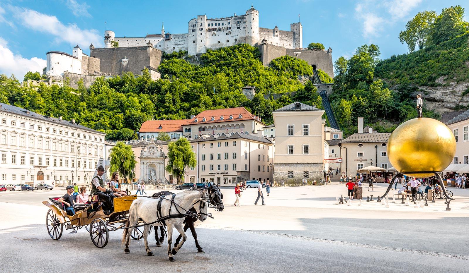 Kapitelplatz Festung Balkenhohl - Mozartstadt Salzburg und das Salzburger Land